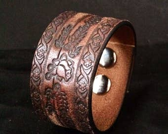 Upcycled Mens Leather Wrist Cuff, Tan Leather with Embossed Partern