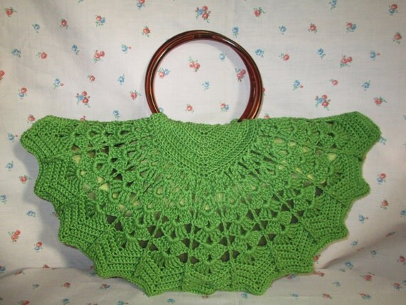 1940s Handbags and Purses History Hand made olive green crochet vintage style Pin wheel fan handbag/purse $54.17 AT vintagedancer.com