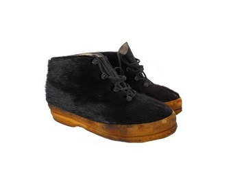 1960s french  APRES ski laced up  black fur ankle  boots // size Women eu 37- uk 4- us 5.5