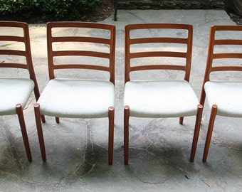 Set of 4 Mid Century Modern Danish Moller #85 Teak Chairs