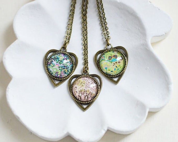 Boho Chic // The pendant is heart-shaped metal brass with pictures under glass // Colorful // Fresh, Beauty, Style // Black, Pink, Green