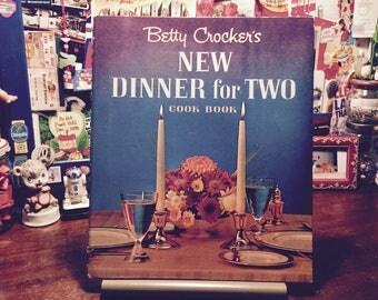 Vintahe Retro Cookbook / Betty Crocker's Dinner for Two