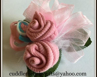 Baby Shower Baby Girl Wrist or Pin-on Baby Sock Corsage with pacifier Baby shower Decor Baby shower corsage
