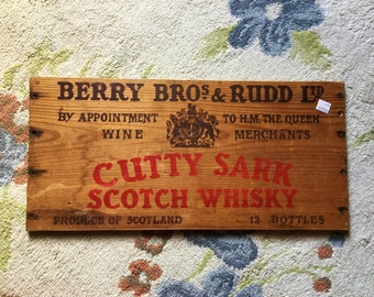 Unique Vintage Antique Advertising Sign Man Cave Home Bar Decor Wood Wall Hanging Cutty Sark Scotch Whisky Wooden Crate Alcohol Gift Idea