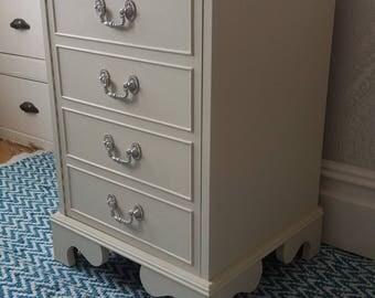 Upcycled Vintage Shabby Chic Hi-fi unit side/ bedside cupboard cabinet
