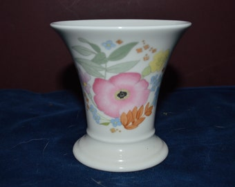 Wedgwood Meadow-Sweet Bone China Vase