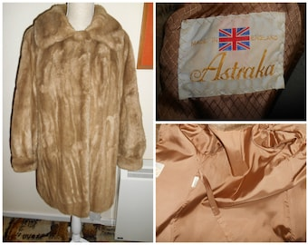 Cute 1970s Vintage Retro Mink Light Brown Faux Fur Coat By Astraka UK Size 12 14