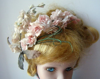 Gillyflowers bouquet of silk for doll