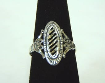 Womens Victorian Style Sterling Silver Filigree Ring 1.67g E1537