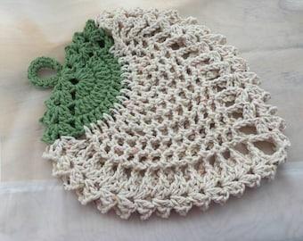 Crochet Potholder, crochet strawberry potholder, handmade crochet,  100% cotton yarn, kitchen decor, gifts for her
