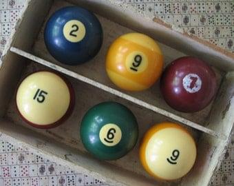 Vintage Odd Lot of 6 Bakelite Pool Balls Billiard Balls, 3 Solids, 3 Stripes