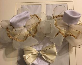 Girls cream and gold metallic ruffle socks