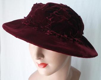 Early 20th Century Wine Silk Velvet Leaves Widebrim Hat  .  Edwardian .