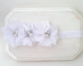 White Triple Flower Headband - Baby Headbands - Newborn Headbands - Infant Headbands - White Baby Bows - Girl's Headbands - Baptism Headband