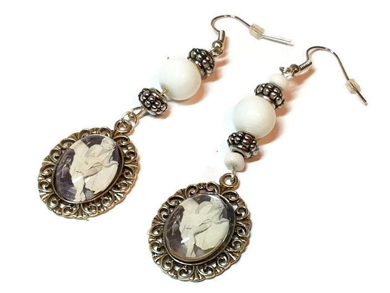 marilyn earrings marilyn the seven year itch dangle earrings marilyn 5203