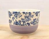 Bol à café lilas - roses bleues