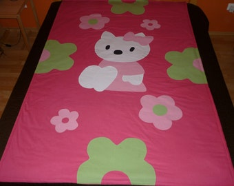 Hello Kitty quilted blanket