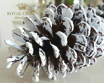 Pine cone decor,frosted pine cones,white pine cones,decorative pine cones,frosted pinecones,pine cone favors,pinecone favors,winter decor