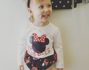 2nd birthday outfit, Minnie mouse birthday outfit, Ruffled Minnie mouse bloomers, oh twodles  shirt, birthday banner