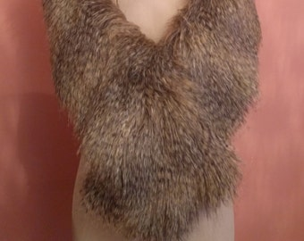 Ladies Faux Fur Stole / Shawl in Exquisite color / Luxury Faux Fur / Women Accessories / Wedding Shawl / Birthday Gift Idea / Prom