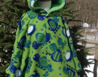 Whimsical Turtles & Frogs Car Seat Poncho
