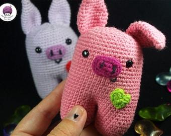 PRE - ORDER / custom bipedal pig amigurumi (hand-knitted crochet)