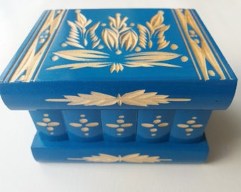 Beautiful special blue handcarved,handmade wooden puzzle box,secret box,magic box,jewelry box,brain teaser,storage box,flower designe box