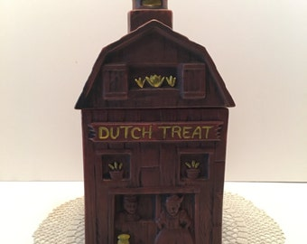 McCoy Cookie Jar ~ Dutch Treat ~ Dutch Barn ~ Brown Cookie Jar ~ Vintage