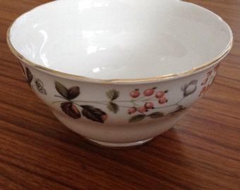 Colclough bowl. Sugar bowl.