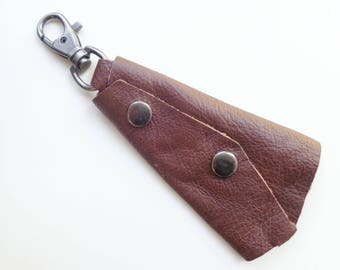Leather men's keychain, brown leather key fob, black leather keychain, key holder with safety keys