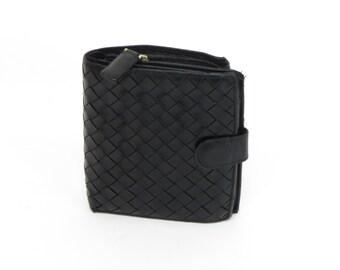 Vintage Bottega Veneta Black Leather Wallet! Classic Woven style.