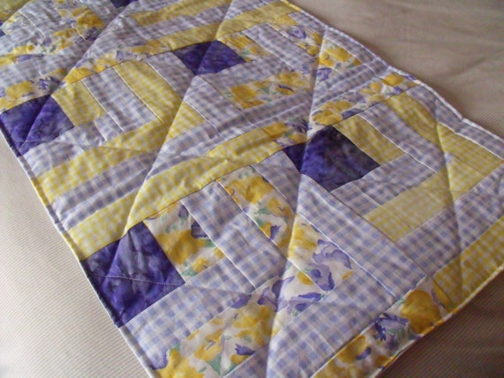 single runner, bed runner, bedspread, quilted throw, cushion cover, pillow cover, pillow sham, blue and yellow