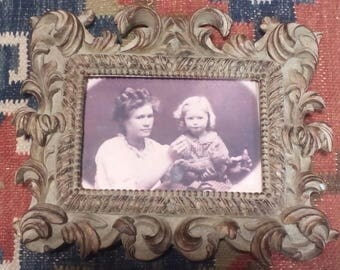 Vintage ornate Picture Frame..Lots of Detail
