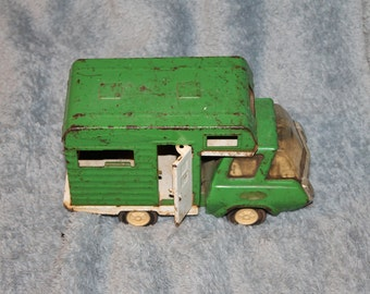 Vintage green Tonka Winnebago Camper Truck, A Lot of Wear, Collectible, Needs Cleaning, But Not Many Out There, Has an Opening Door, Windows
