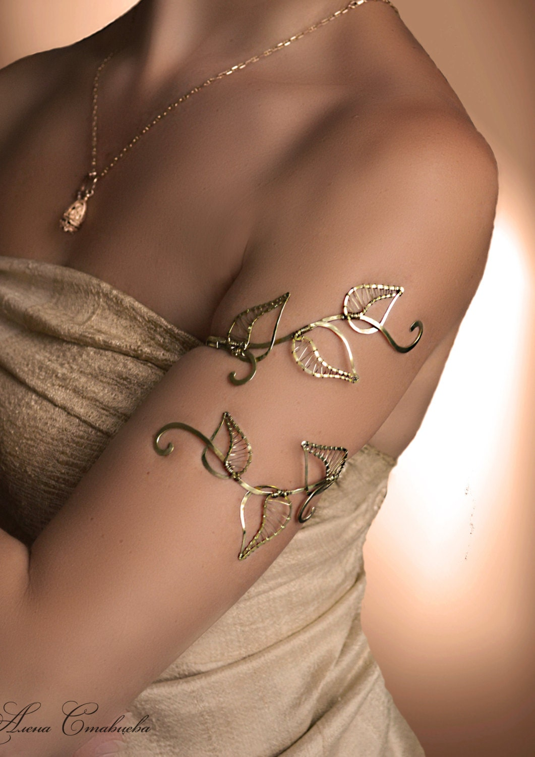 leaf arm cuff upper arm cuff jewelry swirling arm cuff