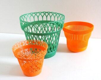 3 Vintage Orange and Green Plastic Planters - Retro 1970s Flower Pot Holders