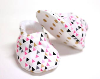 Bling Pink Baby shoes, baby shoes girl, soft sole, baby booties, baby boots, toddler shoes, baby girl shoes, baby moccasins, dotty gold