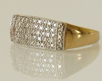 Vintage Diamond Gold 9 Carat Ring