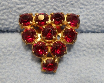 Vintage Ruby Dress Clip- Gorgeous Triangle design Goldtone