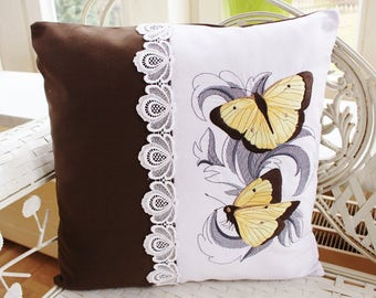 Pillowcase embroidered butterflies