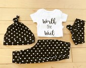 Baby Girl Coming Home Outfit / Polka Dots / Black White / Newborn / Knot Hat / Headband