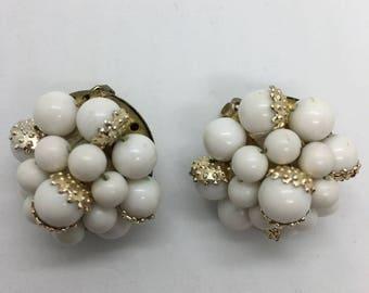 JAPAN white plastic bead earrings clip on earrings