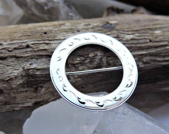 Sterling Silver Circle Brooch