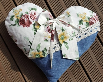 Pillow in heart shape with jeans and roses