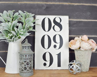 Memorable Date Wall Hanging, Rustic Home Decor, Farmhouse Decor, Customized Signs, Personalized Decor, Wedding Gift, Anniversary Gift