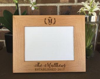 Wedding Picture Frame, bridal shower gift, Personalized Picture Frame, wedding frame, 5x7 picture frame, wood frame, engraved frame