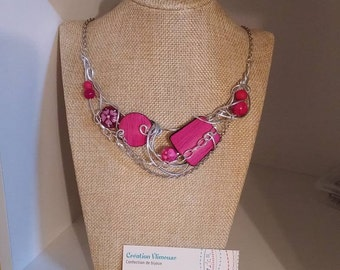 Fuschia necklace, silver wire