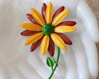Vintage Enamel Daisy Flower Brooch Pin Yellow, Green, and Brown
