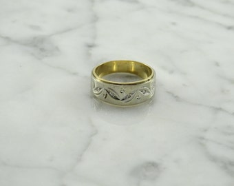 White / Yellow 14k Gold / Diamond Accent Ring Size 6.5