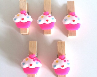 5 Decorative Mini Pegs ~ Cake Mini Pegs ~ Mini Clothes Pegs ~ Decorative Clothes Pegs ~ Mini Clothes Pegs ~ Wooden Mini Pegs ~ Card Making